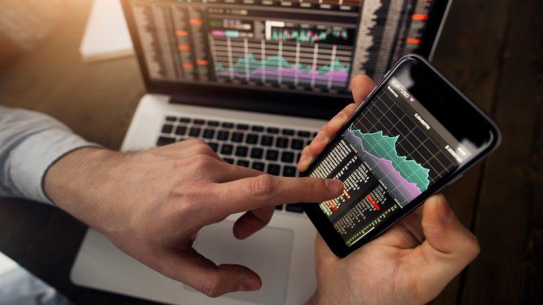 Trader_Markets_Smartphone-780x438