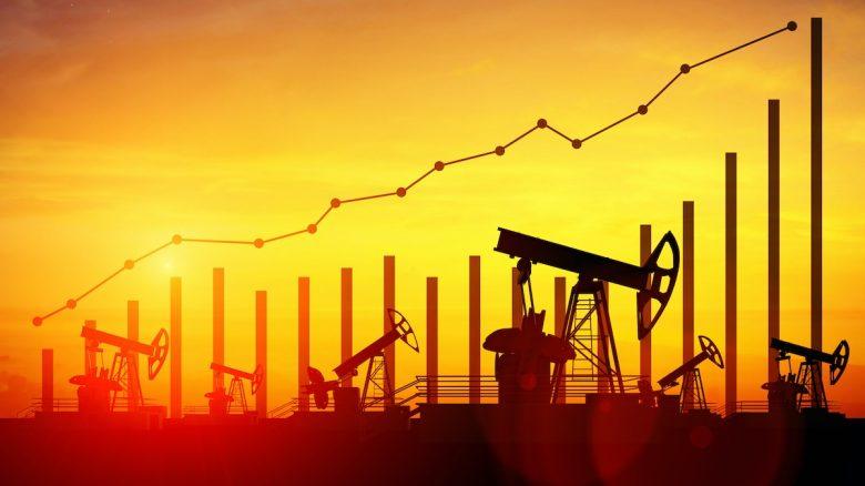 Oil Prices / Gold Price