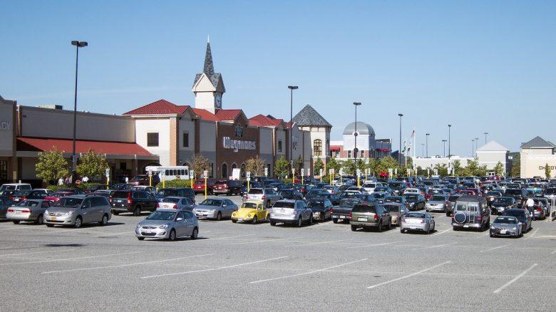 Parking Lots / Mall